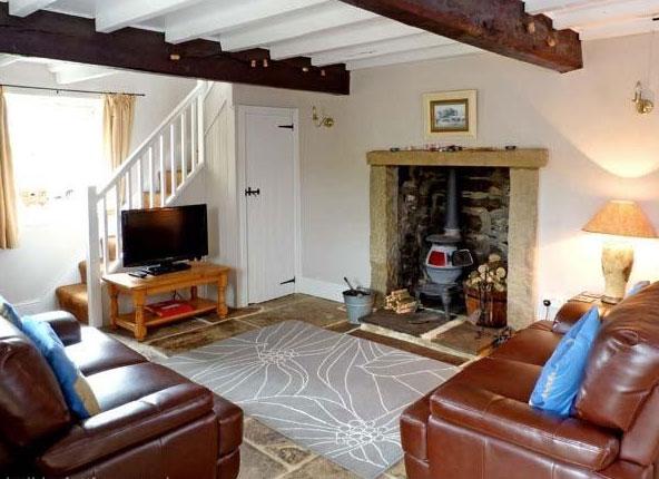 Old cobblers cottage lounge