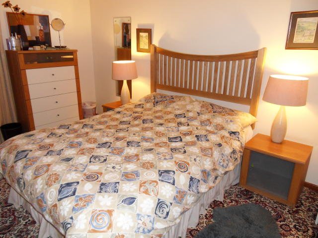 Meadowcroft cottage bedroom