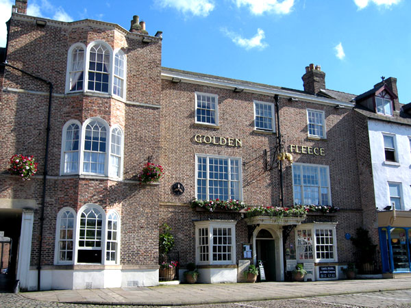 Golden fleece hotel thirsk
