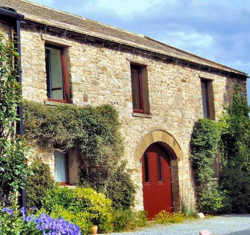 Meadowcroft cottage exterior