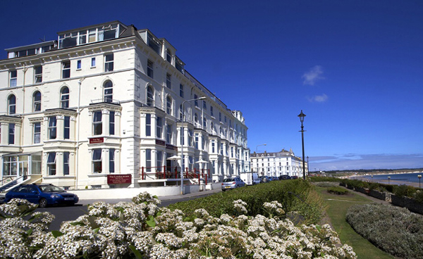 London hotel bridlington exterior