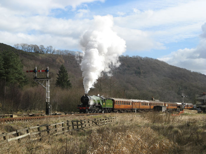 North yorkshire moors train levisham