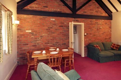 Hill house farm bramble lounge