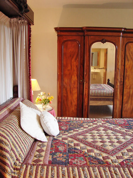 Pump room apartment at ingleby manor