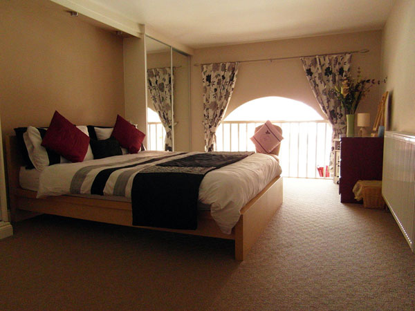 Court mezzanine bedroom