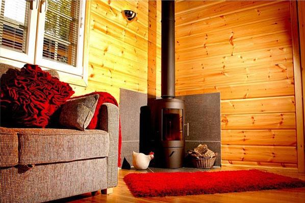 The hawthornes lodges log stove