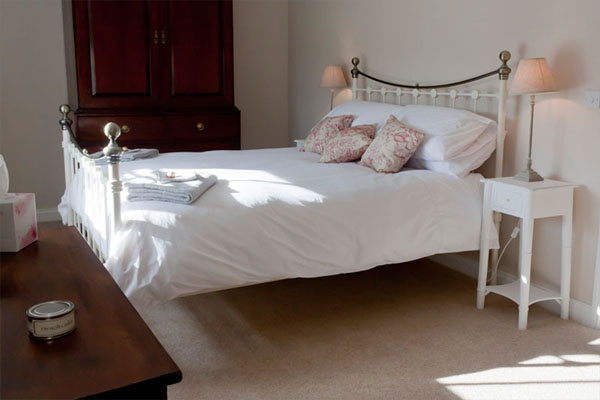 Red grouse cottage helmsley double bedroom